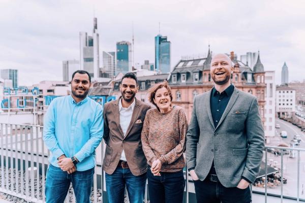 GLEIF und Social DNA Frankfurt Skyline